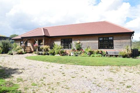 3 bedroom bungalow for sale - Larkrise Cottage, Cock Lane, Highwood, Chelmsford