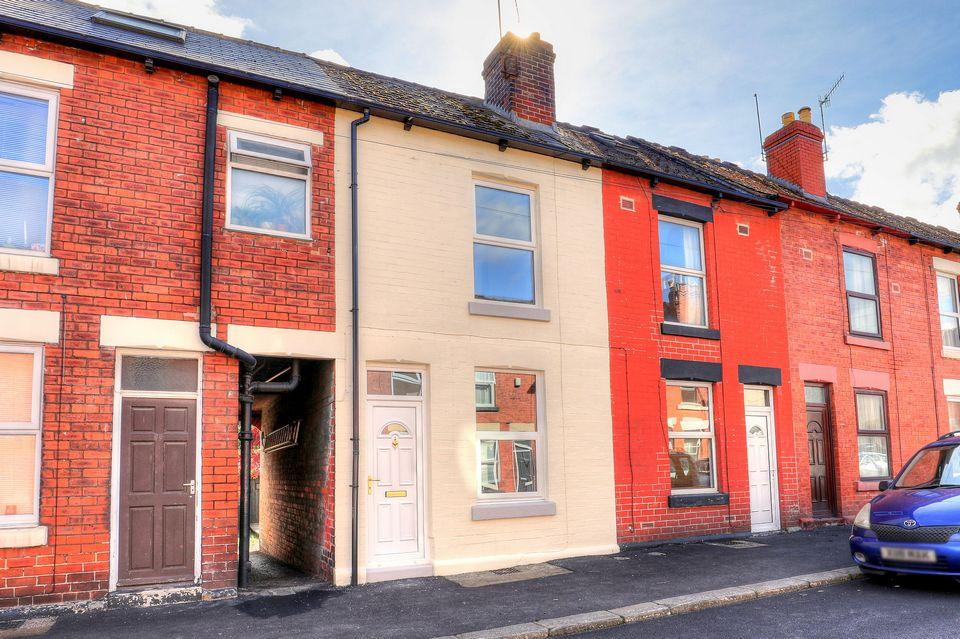 2 Bedrooms Terraced House for sale in 67 Rydal Road, Abbeydale, Sheffield S8