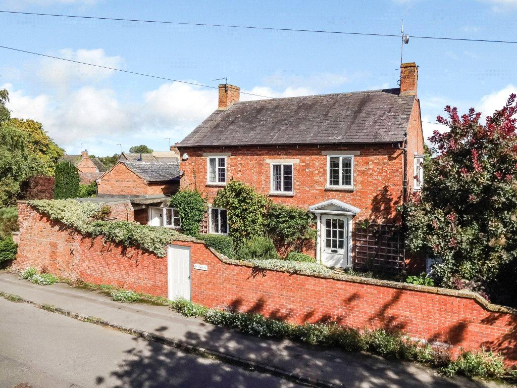 3 Bedrooms Detached House for sale in Main Street, Oxhill, Warwick
