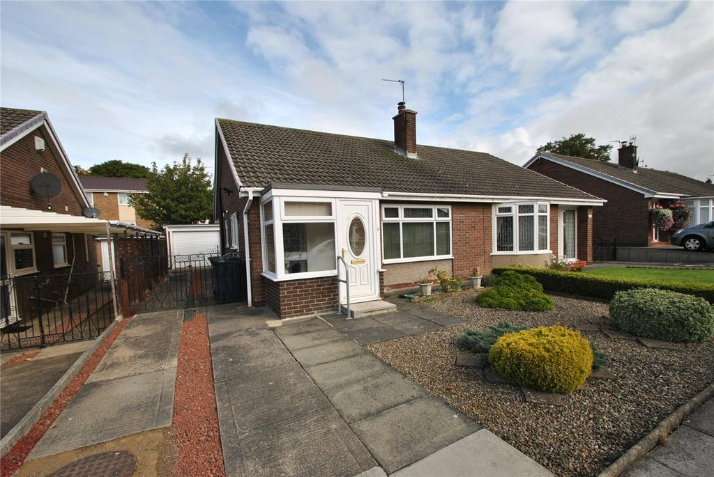 2 Bedrooms Semi Detached Bungalow for sale in Finchale Close, Dairy Lane, Houghton le Spring, DH4