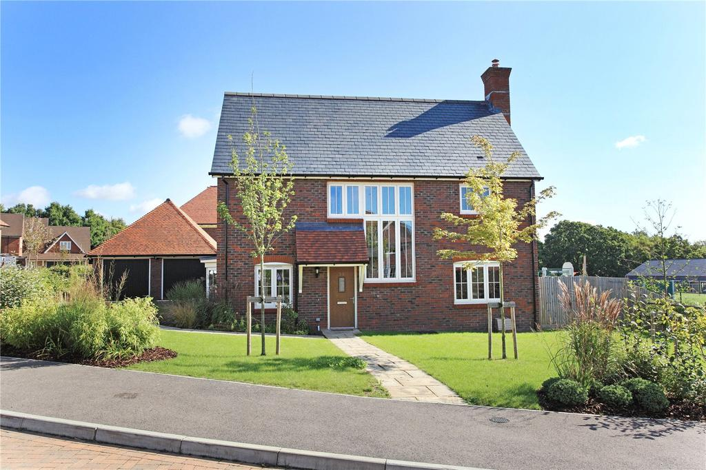 4 Bedrooms Detached House for sale in Parsonage Croft, Etchingham, East Sussex, TN19