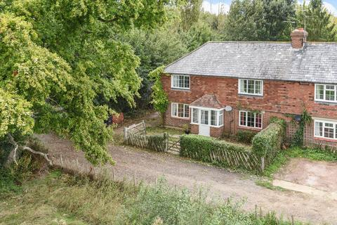 3 bedroom cottage for sale - East Sutton Road, Headcorn