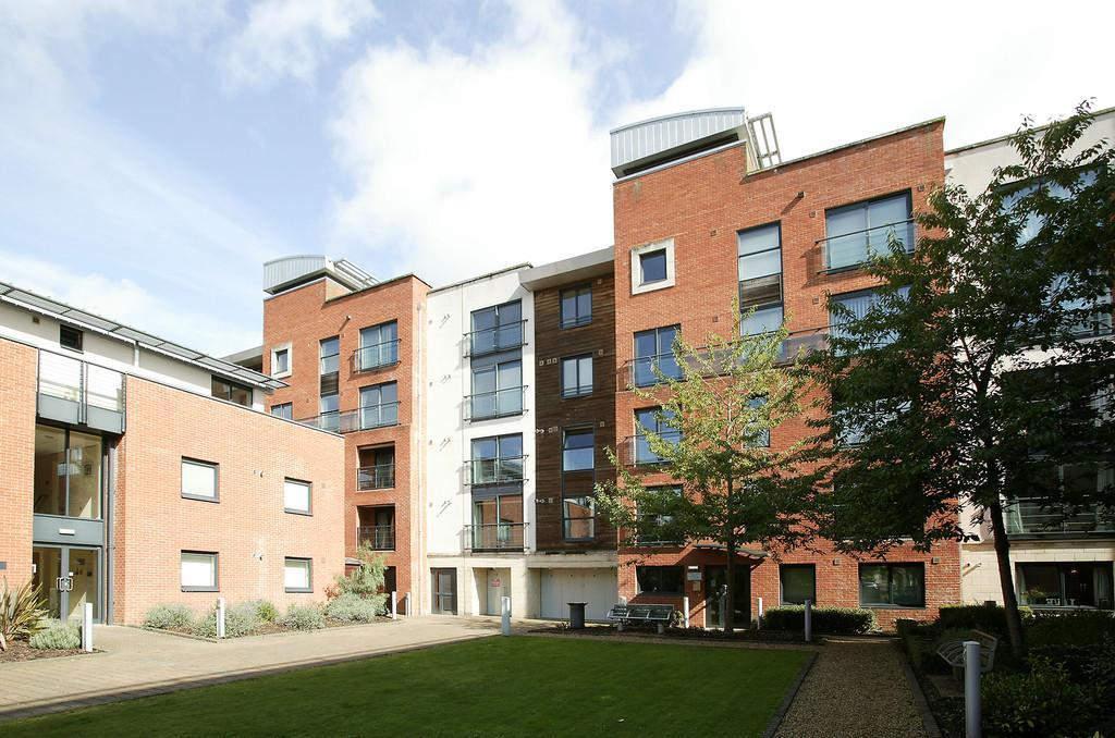 1 Bedroom Apartment Flat for sale in Chapelfield Gardens, Norwich
