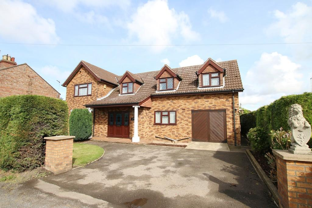 4 Bedrooms Detached House for sale in Low Road, Elm