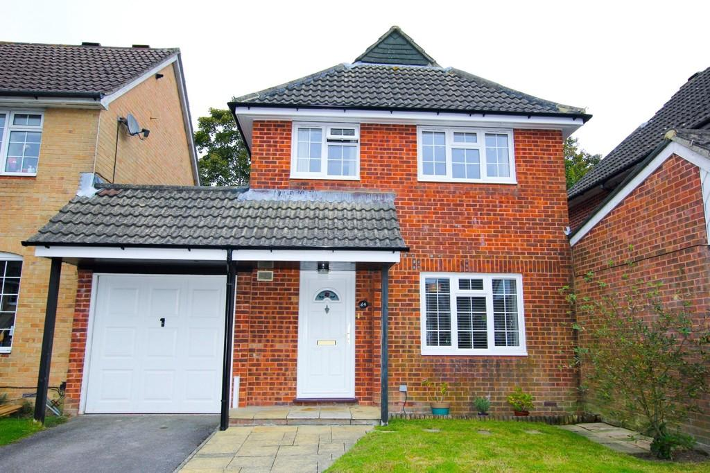 3 Bedrooms Link Detached House for sale in Frenches Farm Drive, Heathfield