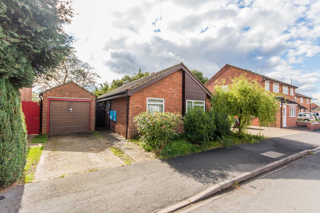 3 Bedrooms Detached Bungalow for sale in Arden Road, Cambridge