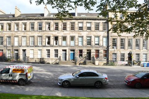 2 bedroom flat to rent - Leopold Place, Edinburgh, Midlothian, EH7 5LB