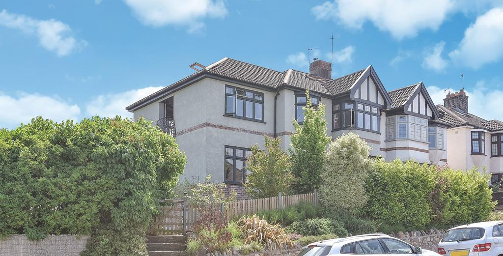 4 Bedrooms Semi Detached House for sale in Stoke Hill, Stoke Bishop, Bristol, BS9