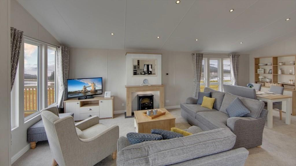2 Bedrooms Chalet House for sale in Gatehouse Road, Ryde