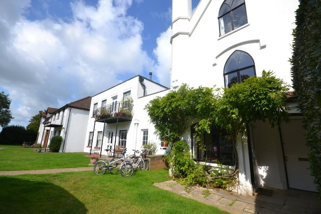 2 Bedrooms Apartment Flat for sale in Ducie Avenue, Bembridge