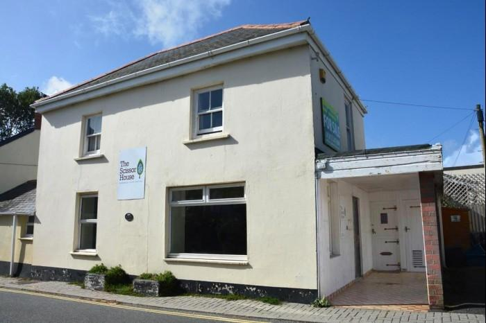 2 Bedrooms Flat for sale in THE SCISSOR HOUSE, MULLION, TR12