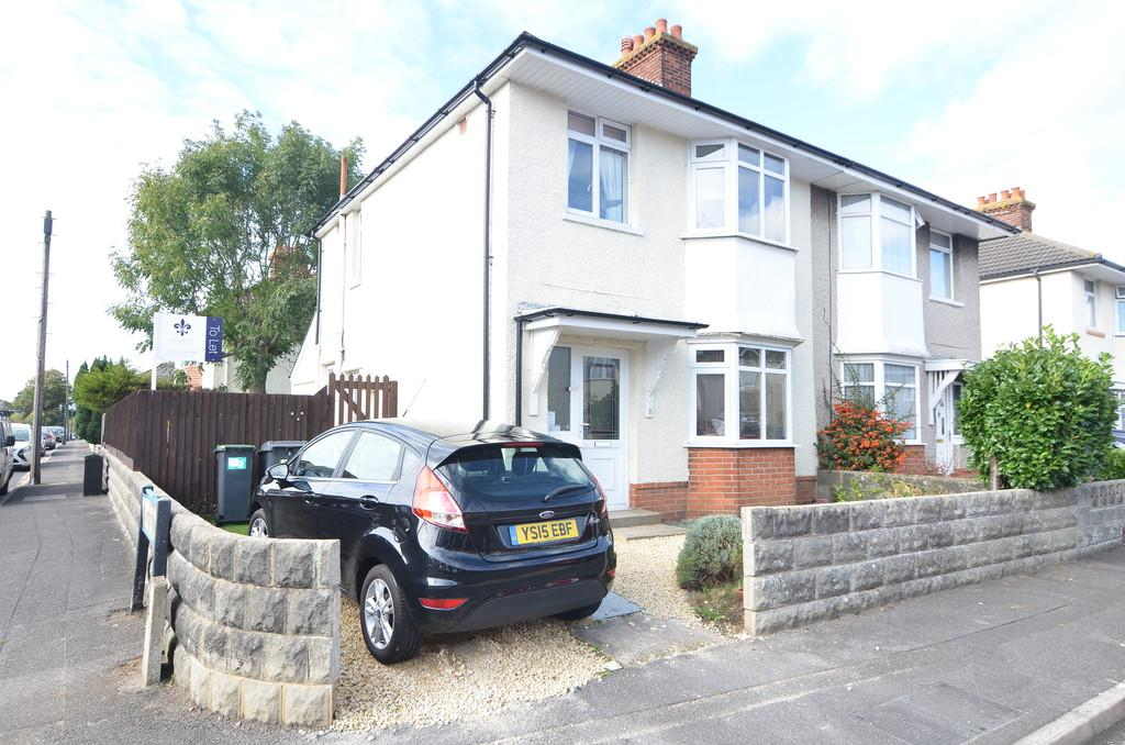 3 Bedrooms Semi Detached House for rent in Comley Road, Bournemouth