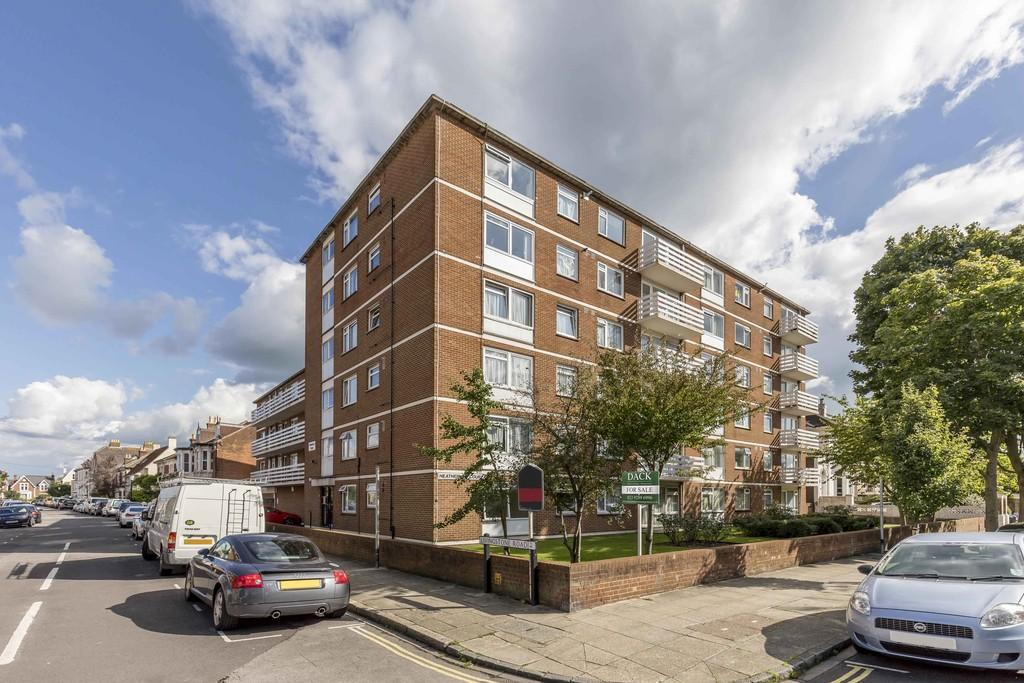 1 Bedroom Apartment Flat for sale in Outram Road, Southsea