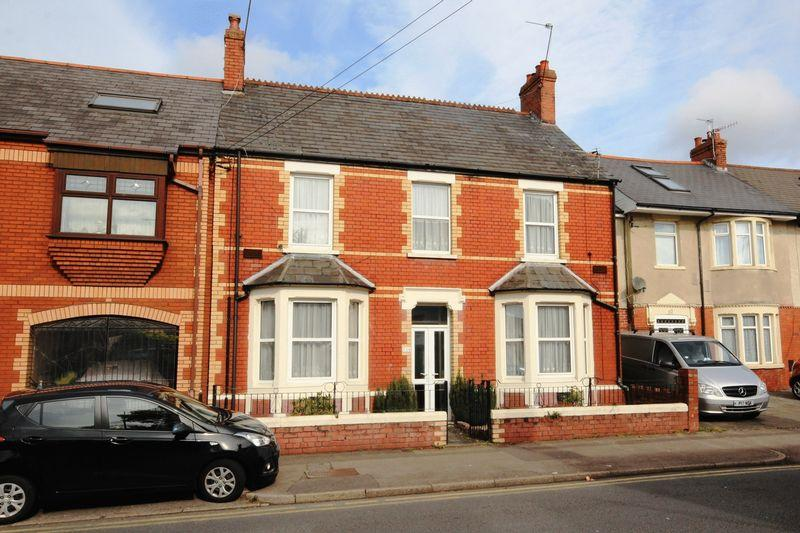 4 Bedrooms Detached House for sale in Birchgrove Road, Cardiff
