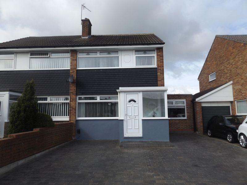 3 Bedrooms Semi Detached House for sale in Malton Drive, Stockton-On-Tees