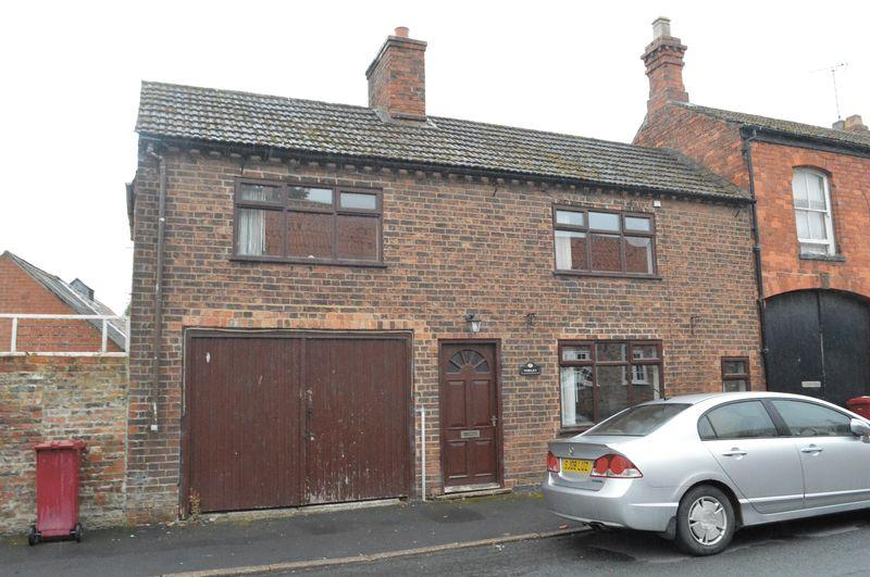 4 Bedrooms Semi Detached House for sale in Silver Street, Barrow-Upon-Humber