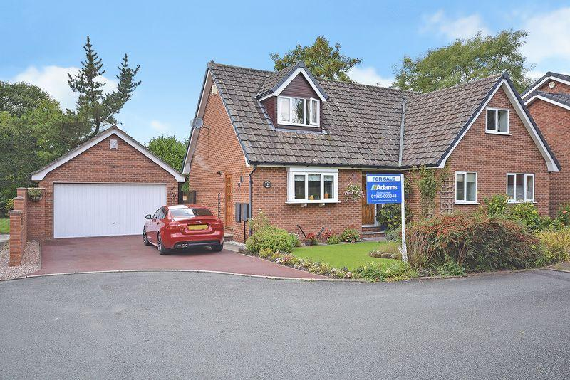 5 Bedrooms Detached House for sale in Barnswood Close, Grappenhall