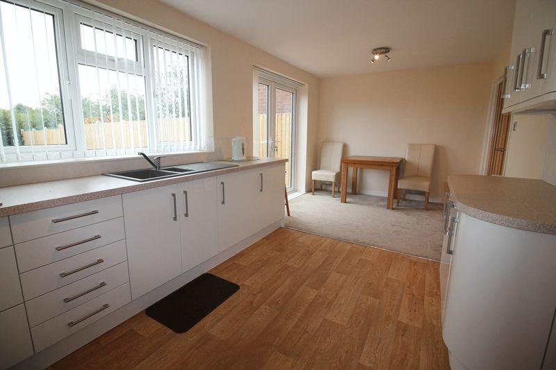 4 Bedrooms Semi Detached House for sale in Combermere Drive, Wellington, Telford.