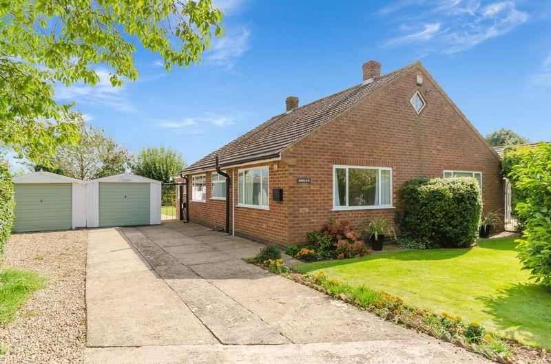2 Bedrooms Detached Bungalow for sale in Ashby By Partney
