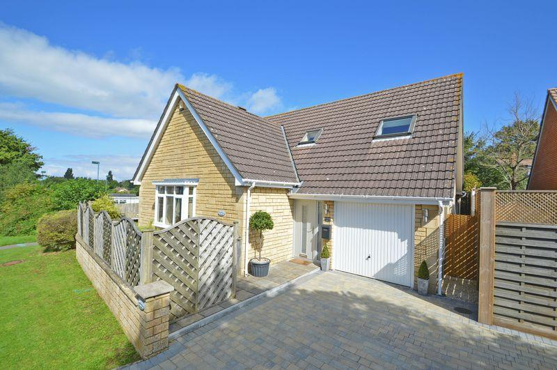 5 Bedrooms Detached House for sale in Situated on a peaceful road in Congresbury