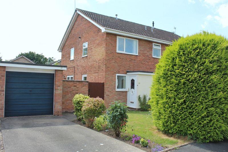 1 Bedroom Terraced House for sale in Alberbury Drive, Sundorne Grove, Shrewsbury, SY1 4TA