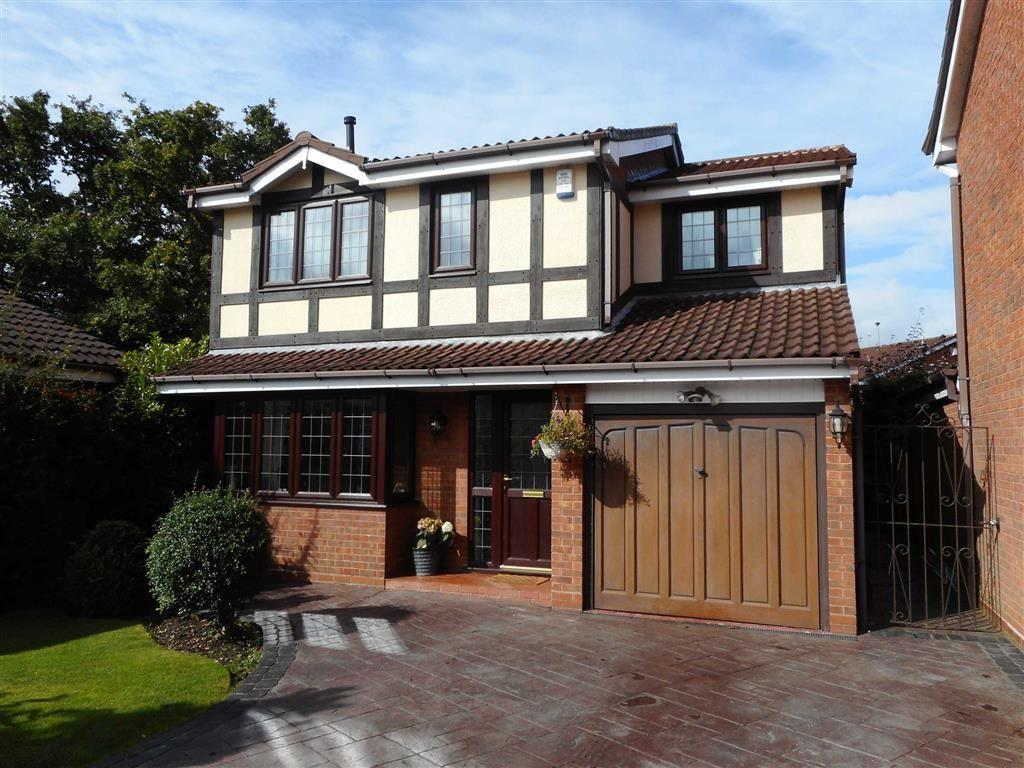 4 Bedrooms Detached House for sale in Ganton Road, Bloxwich, Walsall
