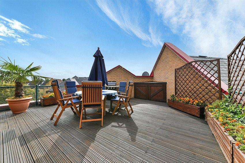 2 Bedrooms Flat for sale in Spice Court, Asher Way, London, E1W