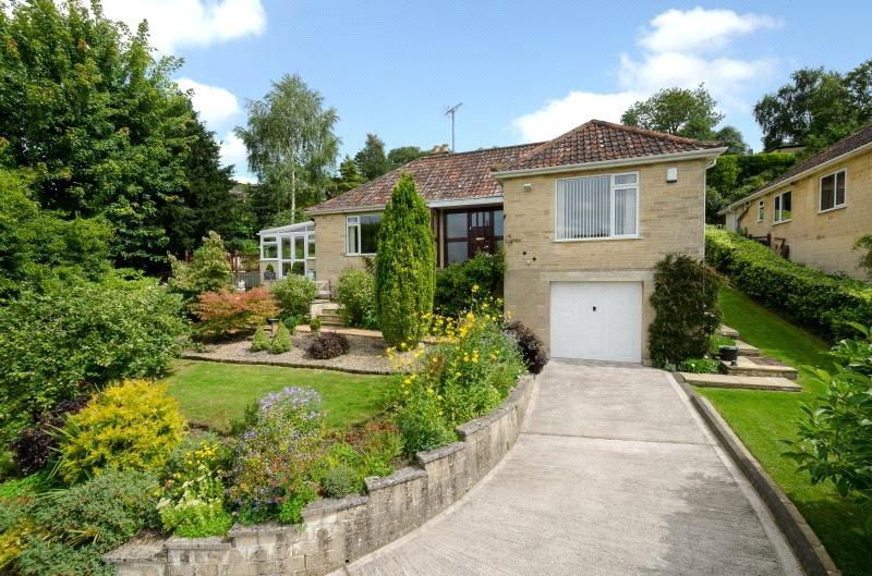 3 Bedrooms Bungalow for sale in Entry Hill Drive, Bath, BA2