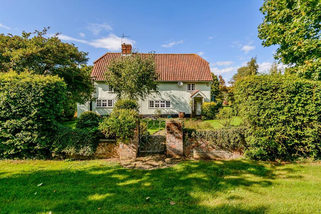 5 Bedrooms Detached House for sale in Frenches Green, Felsted, Dunmow, Essex, CM6