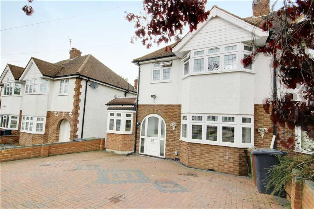 3 Bedrooms Semi Detached House for sale in Sunnybank Road, Potters Bar, Hertfordshire