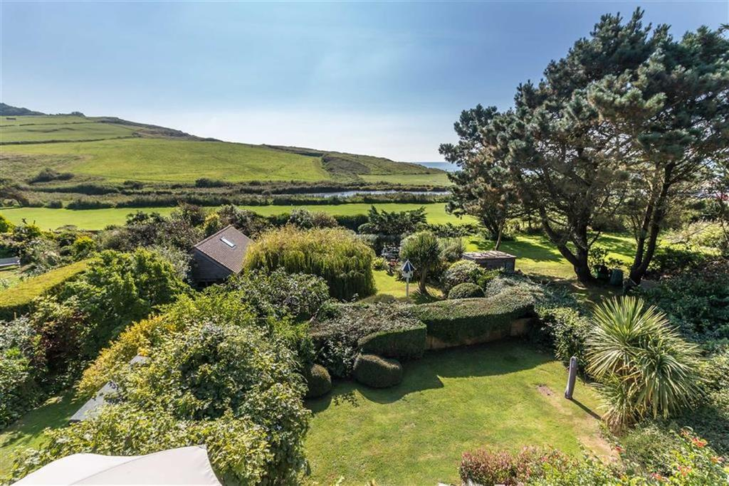 4 Bedrooms Detached House for sale in Riverway, Charmouth, Dorset, DT6