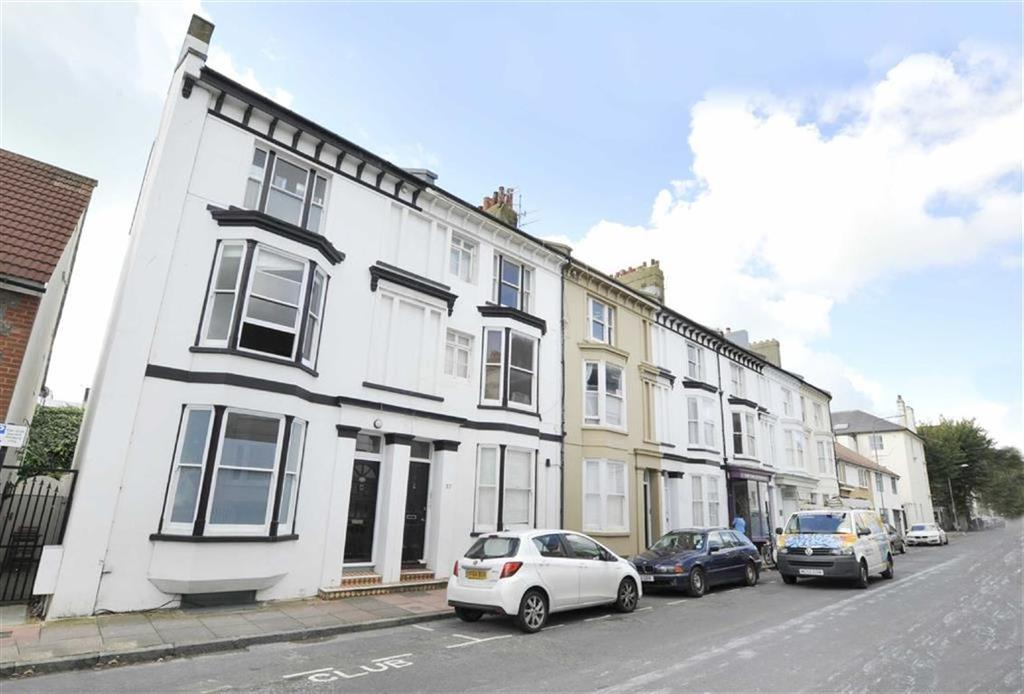4 Bedrooms Semi Detached House for sale in Chesham Road, Brighton