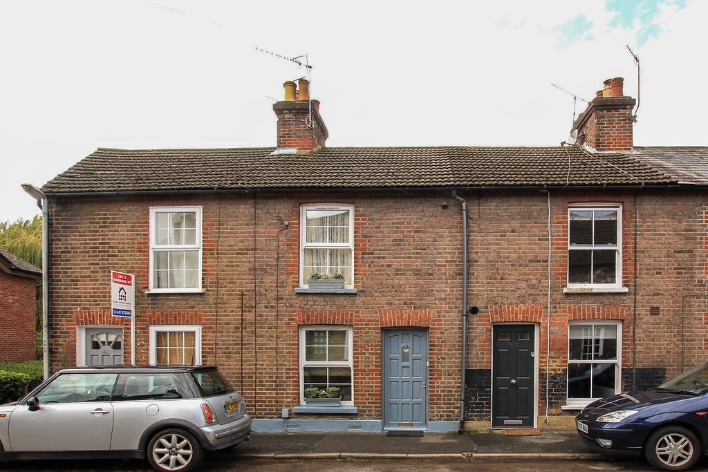 2 Bedrooms Terraced House for sale in George Street, Berkhamsted HP4