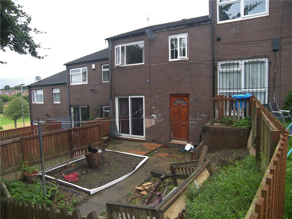 3 Bedrooms Terraced House for sale in Beckhill Approach, Leeds, West Yorkshire