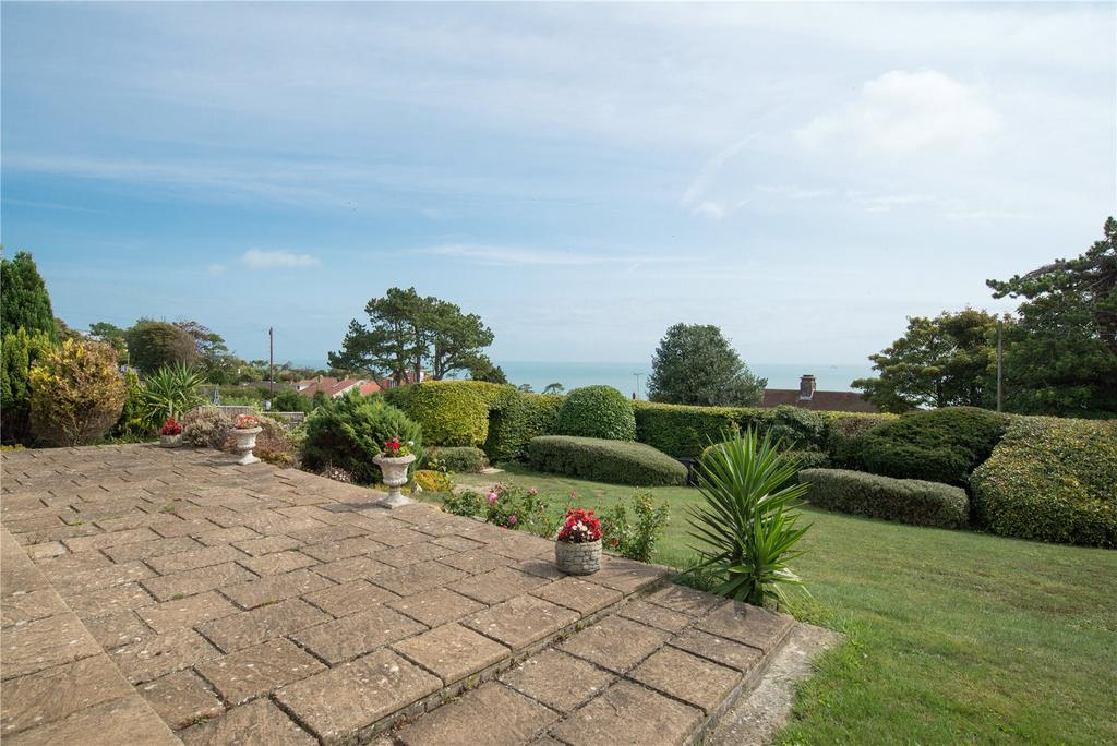 3 Bedrooms Detached Bungalow for sale in Salisbury Road, St. Margarets Bay, Dover, Kent