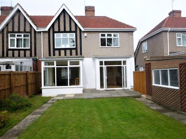 3 Bedrooms Semi Detached House for sale in STRATFORD AVENUE, GRANGETOWN, SUNDERLAND SOUTH