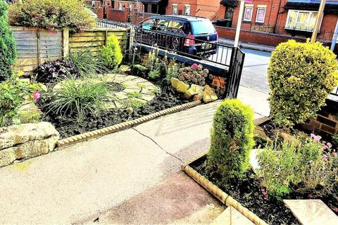 2 bedroom terraced house to rent - Brownhill Terrace, Harehiills, Leeds, West Yorkshire, LS9