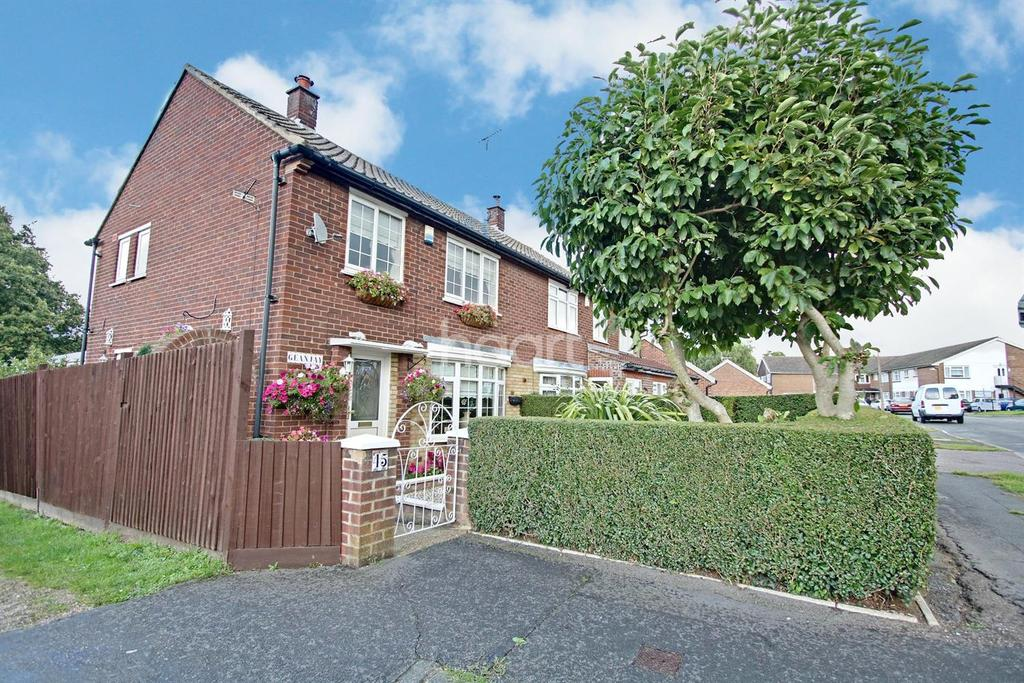 3 Bedrooms Semi Detached House for sale in Hyde Mead, Nazieng