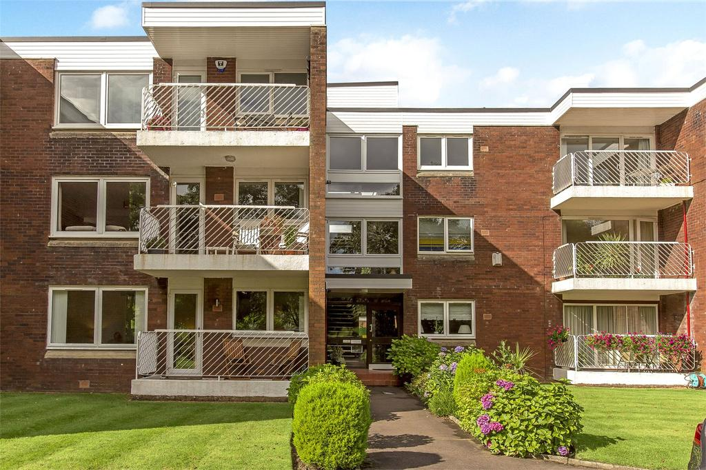 3 Bedrooms Flat for sale in 7 Shawfarm Apartments, 66 Newtonlea Avenue, Newton Mearns, G77
