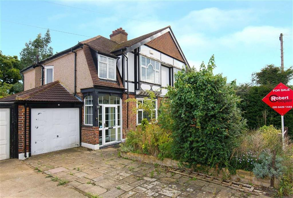 3 Bedrooms Semi Detached House for sale in Briarwood Drive, Northwood, Middlesex