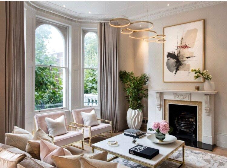 3 Bedrooms Flat for sale in Observatory Gardens, Kensington, London, W8