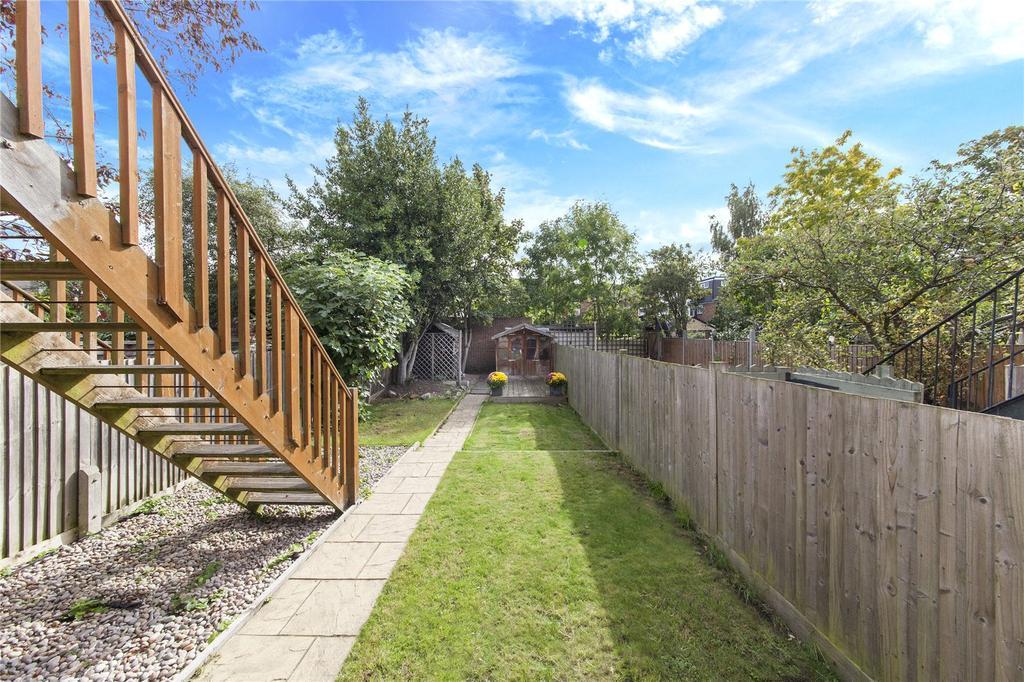 2 Bedrooms Flat for sale in North Road, Kew, Surrey