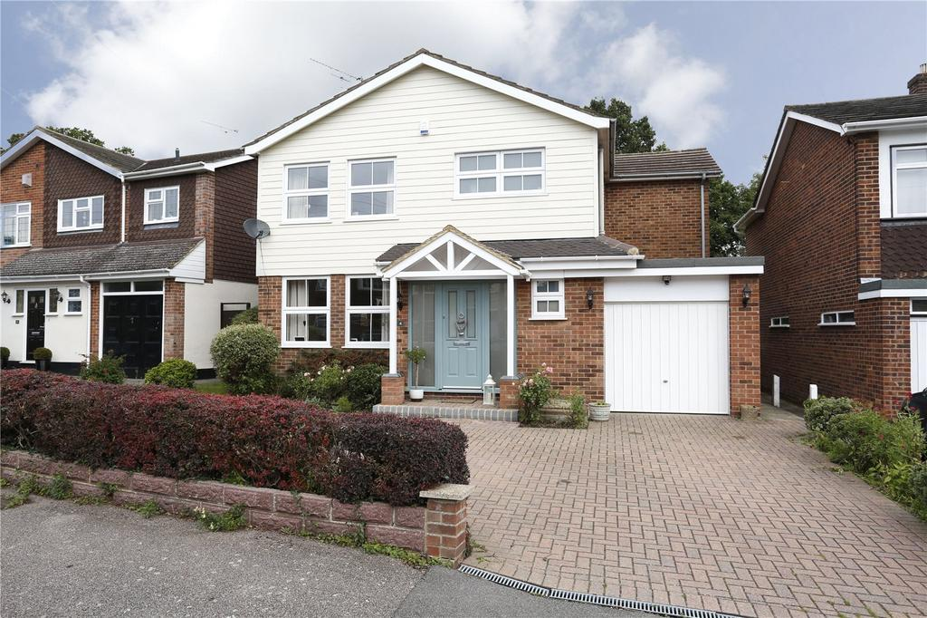 4 Bedrooms Detached House for sale in Docklands Avenue, Ingatestone, Essex, CM4