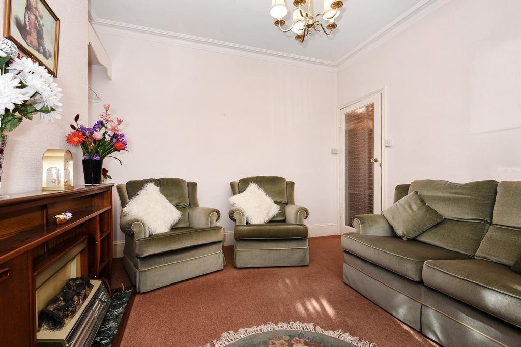 2 Bedrooms Maisonette Flat for sale in Lambrook Terrace, Fulham