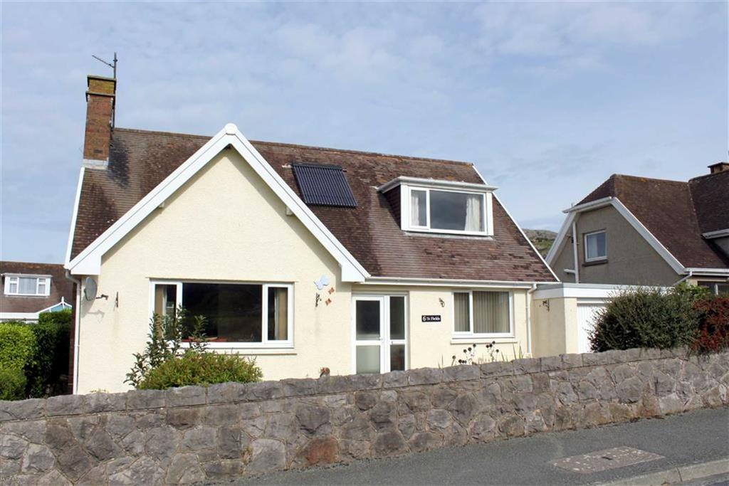 3 Bedrooms Detached Bungalow for sale in Ffynnon Sadwrn Lane, Craigside, Llandudno, Conwy