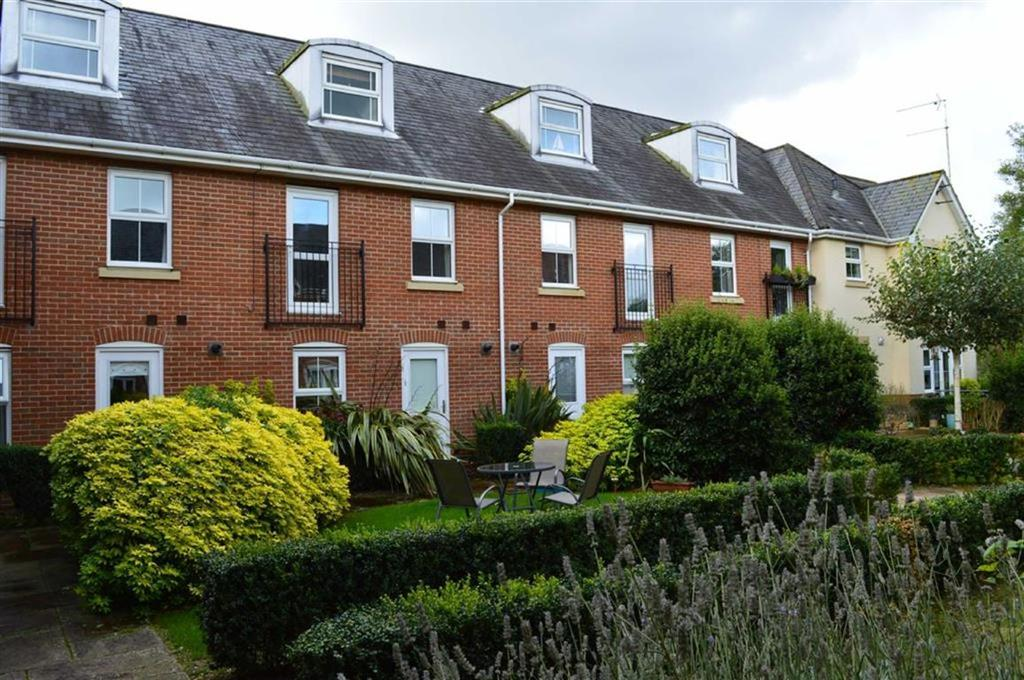 3 Bedrooms End Of Terrace House for sale in Newmans Close, Wimborne, Dorset