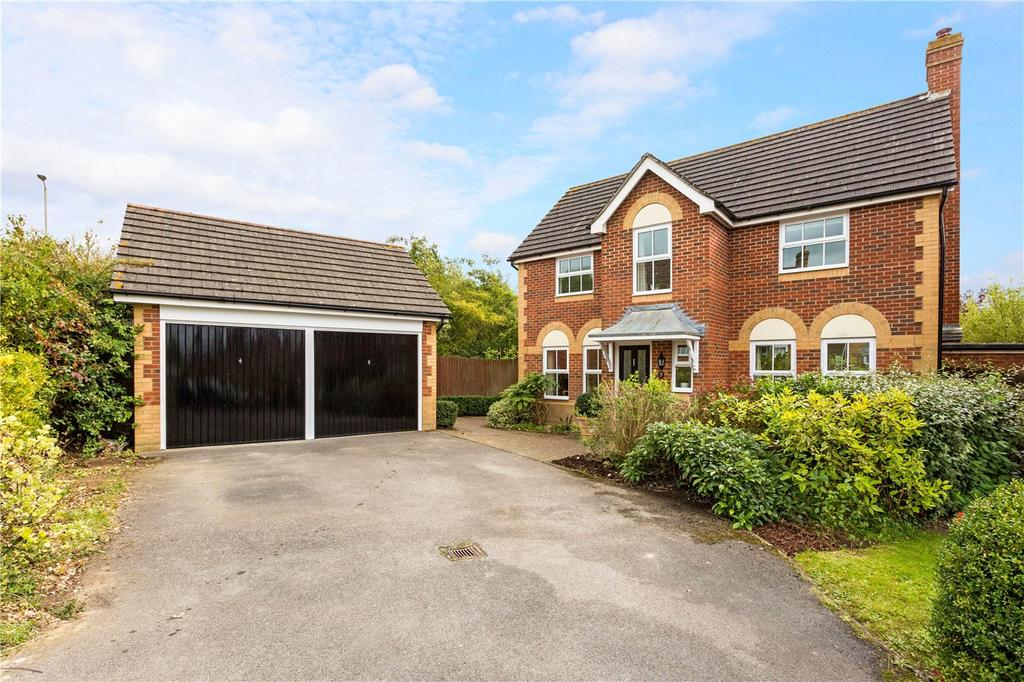 4 Bedrooms Detached House for sale in Snowdrop Copse, Thatcham, Berkshire, RG18