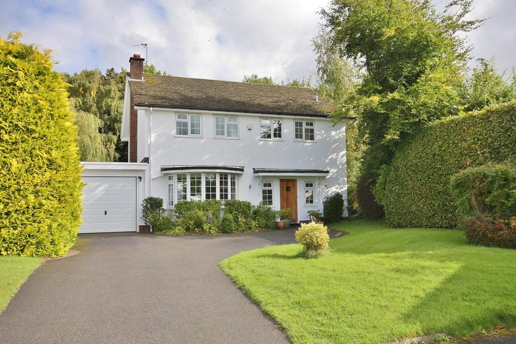 4 Bedrooms Link Detached House for sale in Bollinwood Chase, Wilmslow