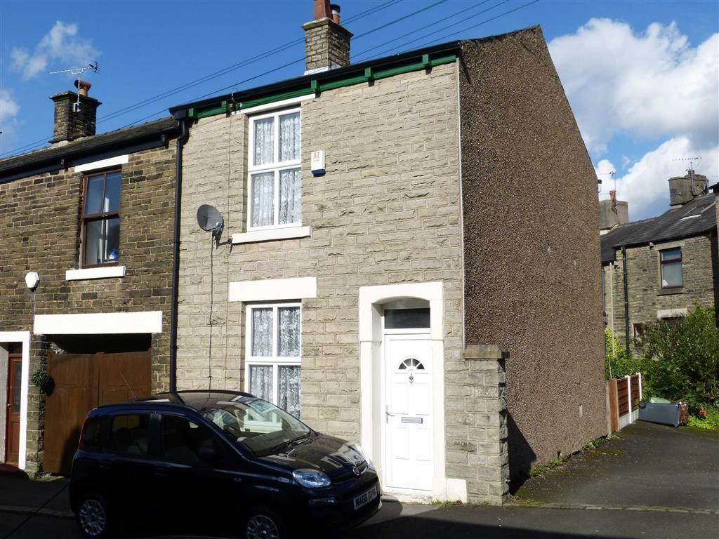 2 Bedrooms End Of Terrace House for sale in Hadfield Place, Glossop