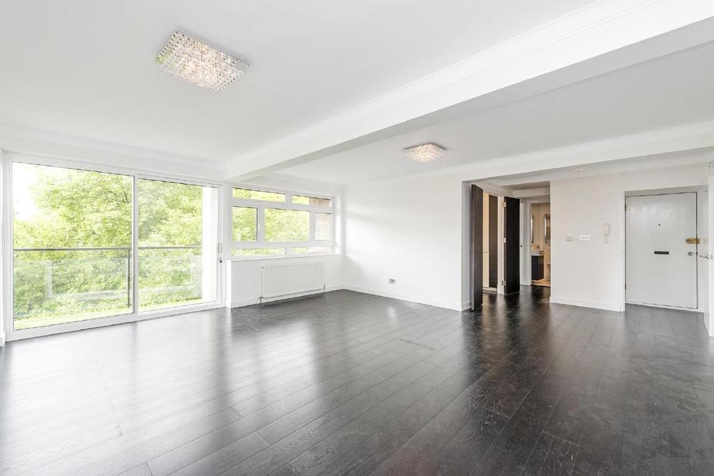 3 Bedrooms Flat for sale in Strangways Terrace, Kensington